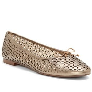 NWT LOUISE ET CIE CONGO – PERFORATED BALLET FLAT